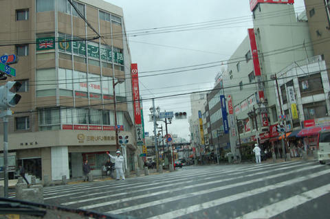 01八幡駅前.JPG