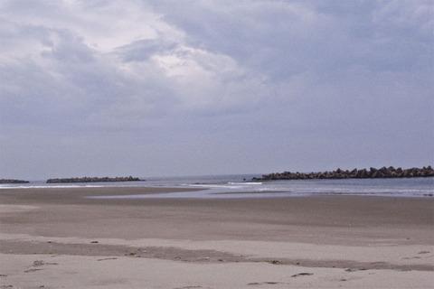 08荒浜海岸.jpg