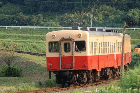 16上り列車アップ.JPG