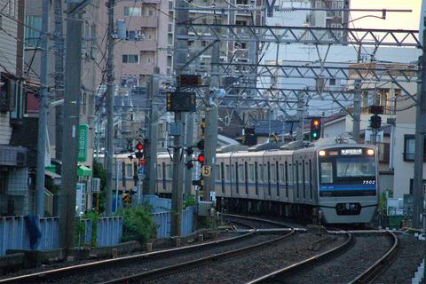 21_7502F.JPG