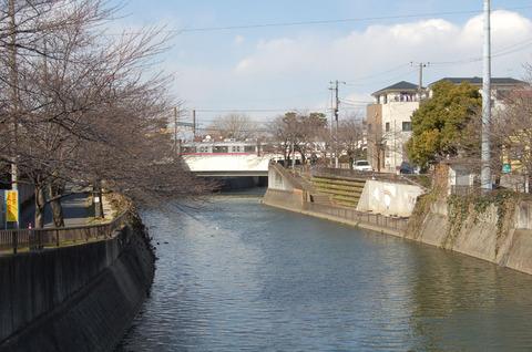 06川縁.JPG